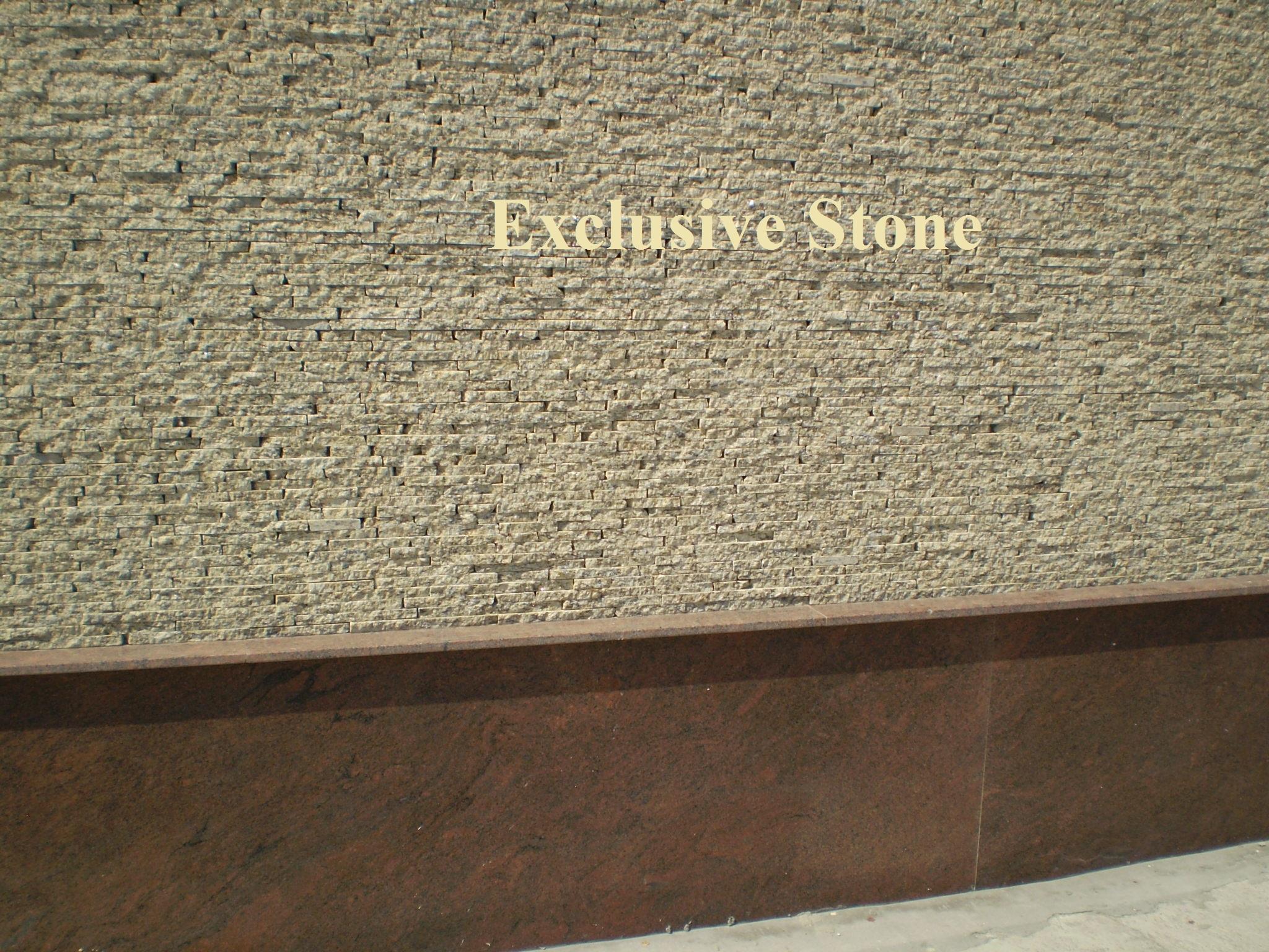 Placare exterioara Straifuri Travertin si soclu Granit Rosu Multicolor
