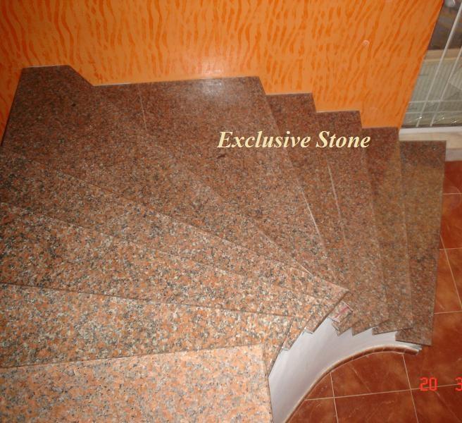 Placare trepte Granit Rosu Balmoral