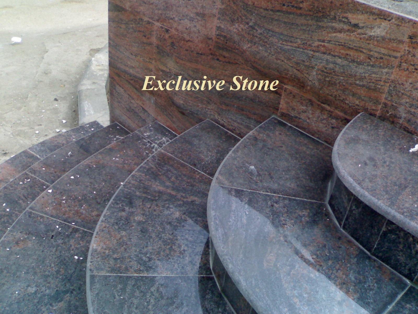 Placare scara granit Multicolor
