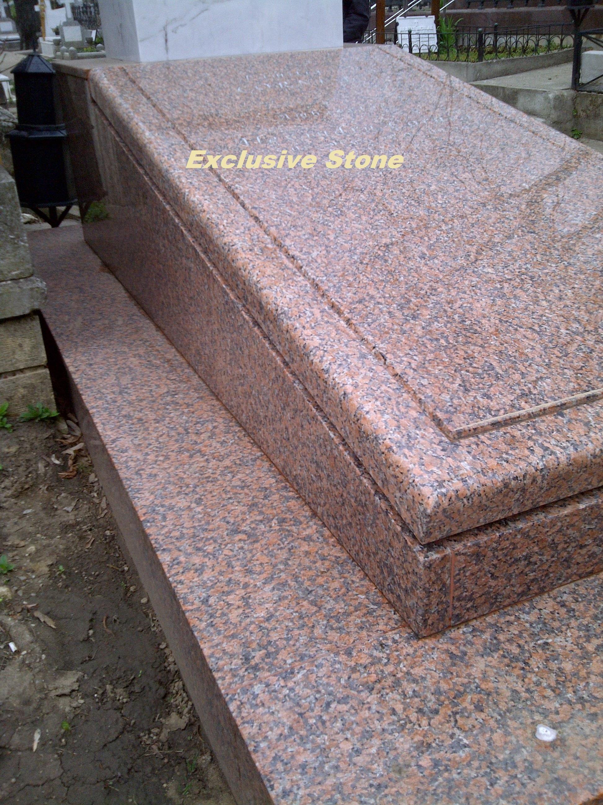 Placare si capac granit Rosu Balmoral