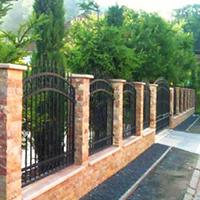 Gard Exterior